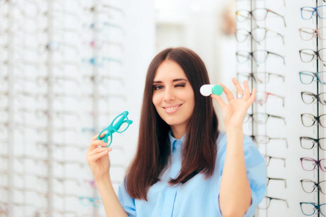 Kontaktne leće ili naočale - eKako