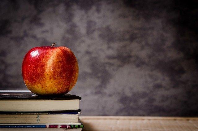 Šta znači sanjati jabuku ?