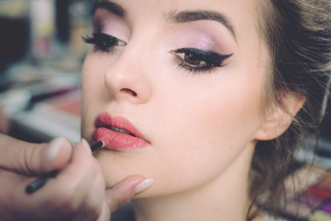 Kako Se Koristi Eyeliner – 5 Najboljih Savjeta