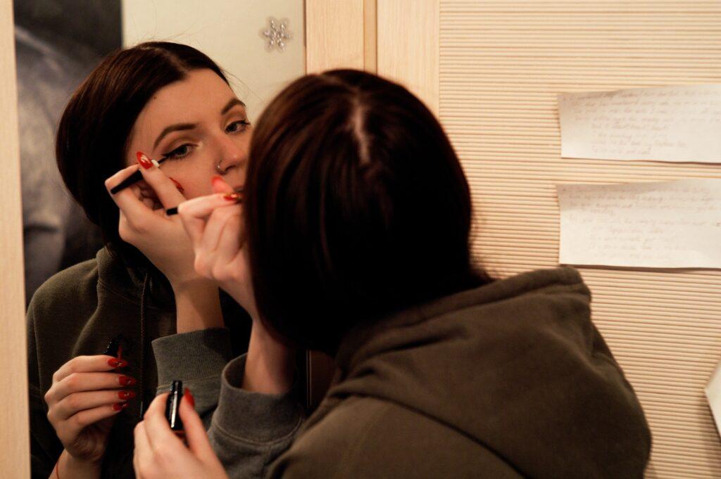 kako se koristi eyeliner